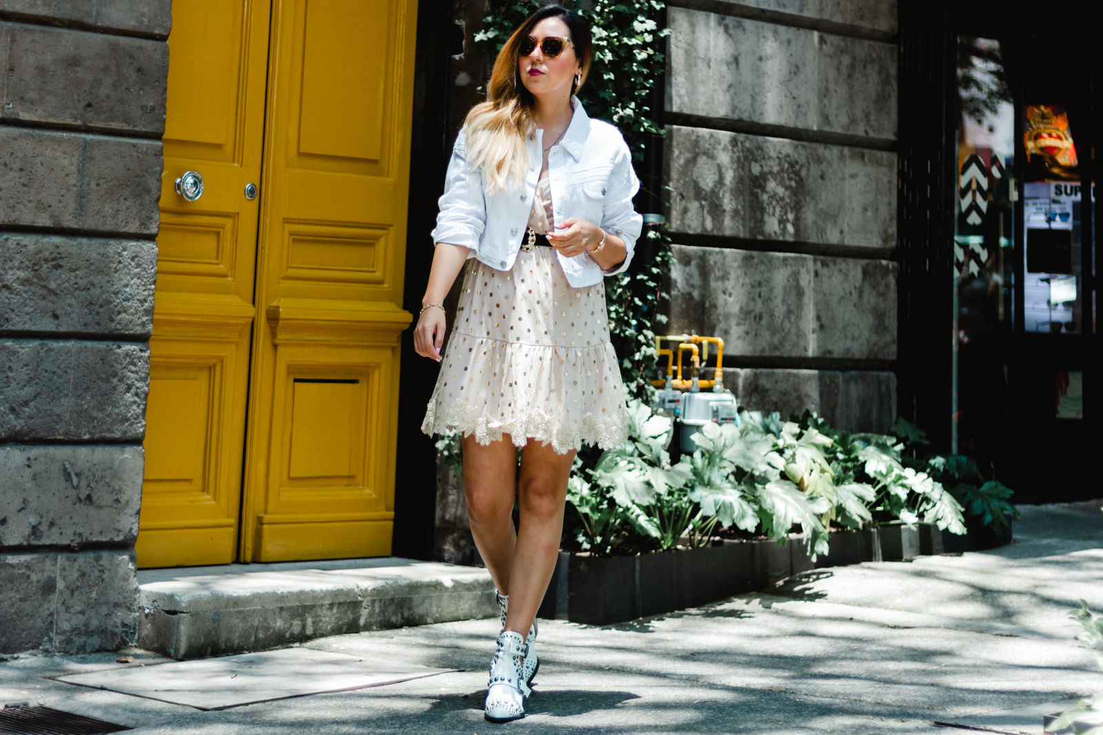 Outfit en colores claros. Lulalogy
